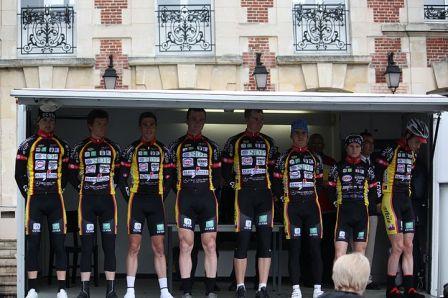 Le CCVSA au départ du GP de Nogent (Photo Sophie Jayer)