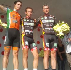 Le podium : Adam Yates Evan Ferrand Prevot Peter Smith