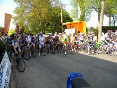 Samedi, c'est un peloton de 162 coureurs qui est parti de Chaudun (Photo : Antoine Maréchal)