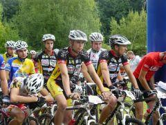 Team VTT au départ des Championnats de Picardie 2010 (Photo : Colette)